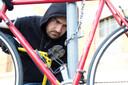 Een fietsendief, Foto ter illustratie