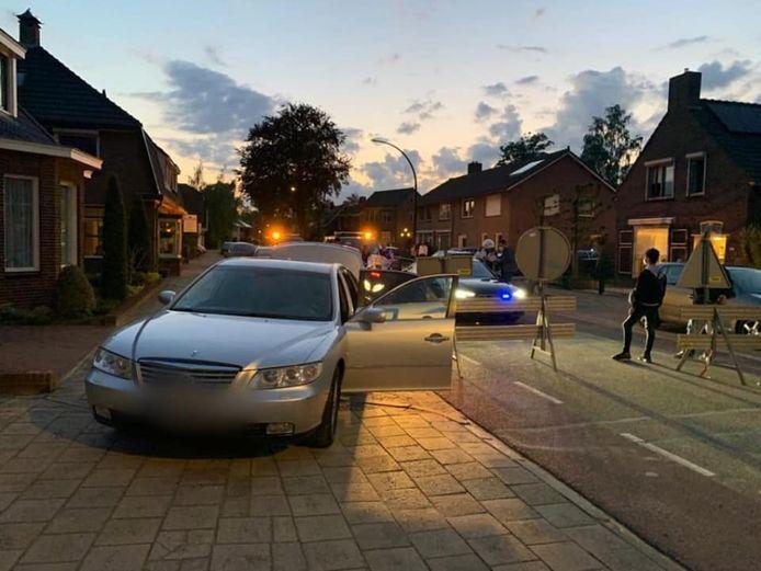 Een verdachte van mensensmokkel heeft zichzelf klemgereden op een wegversperring vanwege werkzaamheden in Didam.