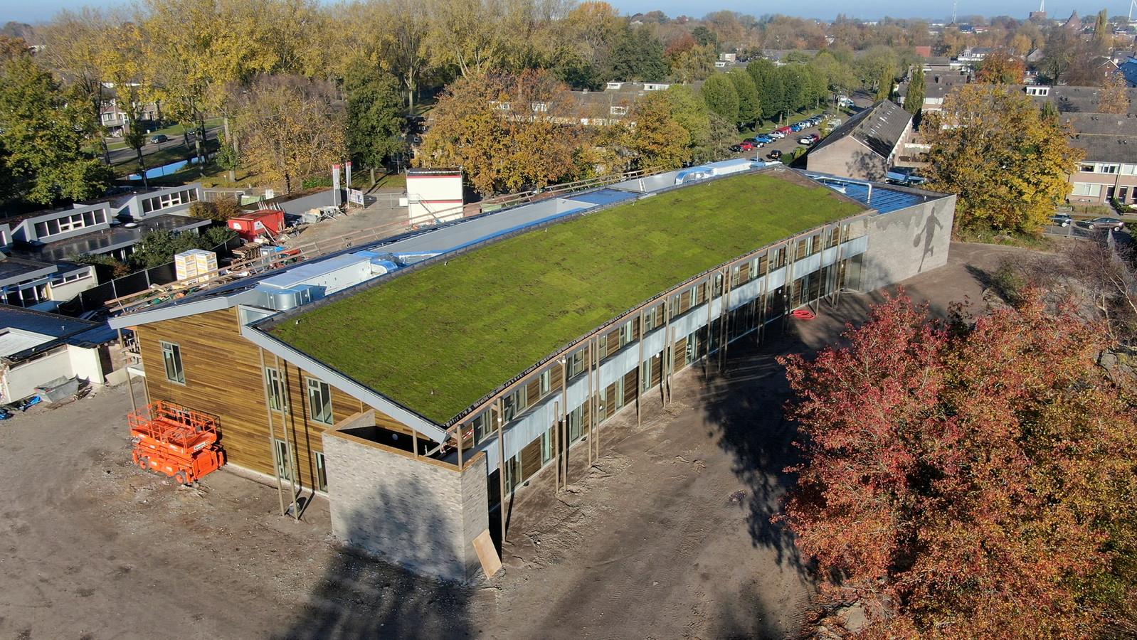 De nieuwbouw voor de basisscholen Pater van der Geld en Van der Heijden is bijna klaar.