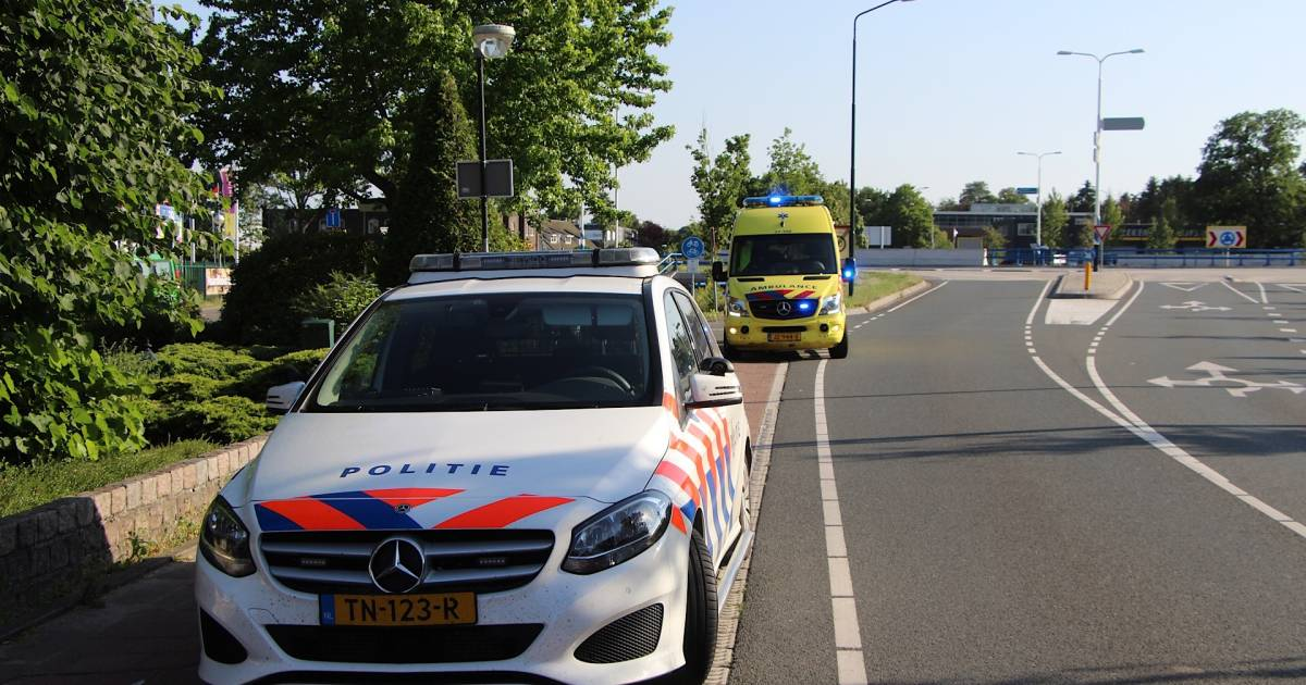 Wielrenner gewond bij botsing met scooter in Sint-Michielsgestel.