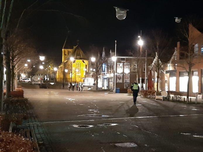 Politie is zichtbaar aanwezig in Geldermalsen