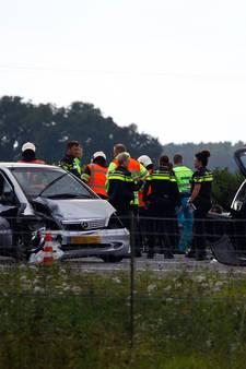 Spookrijder veroorzaakt ongeval op A73, drie gewonden naar ziekenhuis