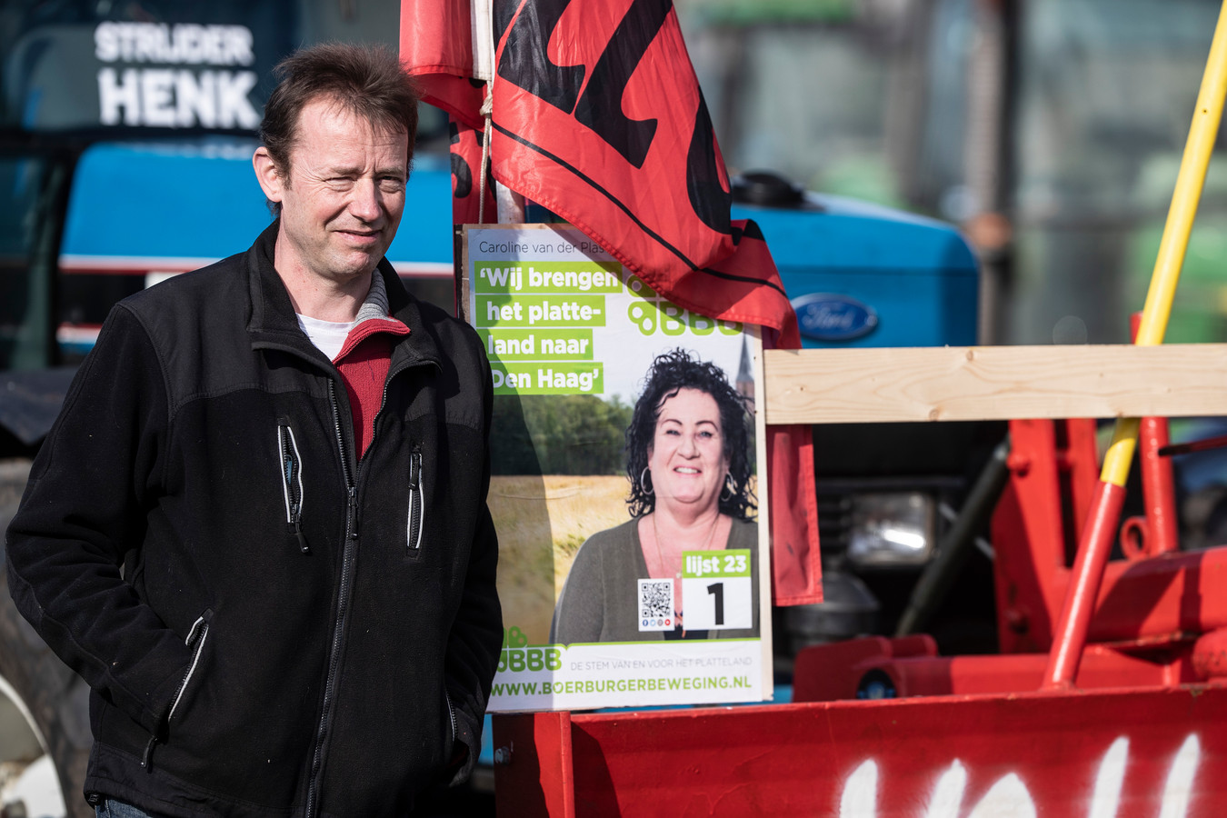 Boerenbijeenkomst op Zwarte Cross-terrein. Op de verkiezingsposter een foto van Caroline van der Plas.