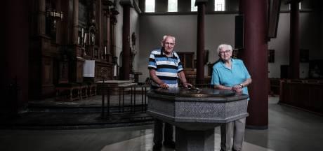Annie (86) en Henk (84) bereiden nog één keer de heilige mis voor: kerk in Babberich wordt appartementencomplex