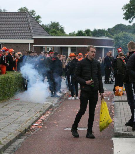 Twentse fans vieren feest in Enschede en Vroomshoop na overtuigende zege Oranje