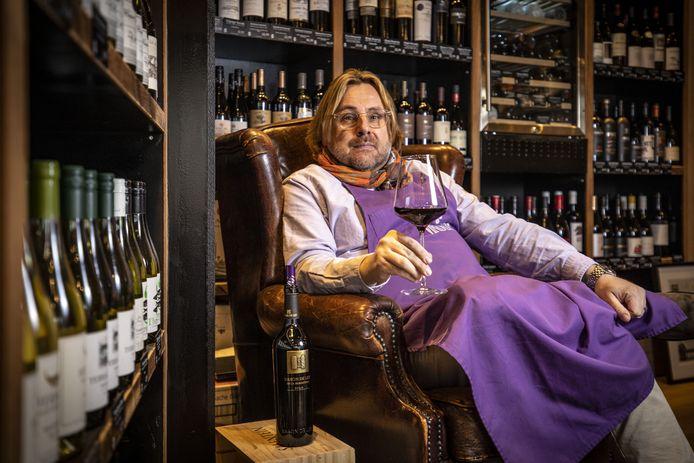 Patrick Hagen is gestopt met wijnbar Vindom, maar gaat door met de winkel.