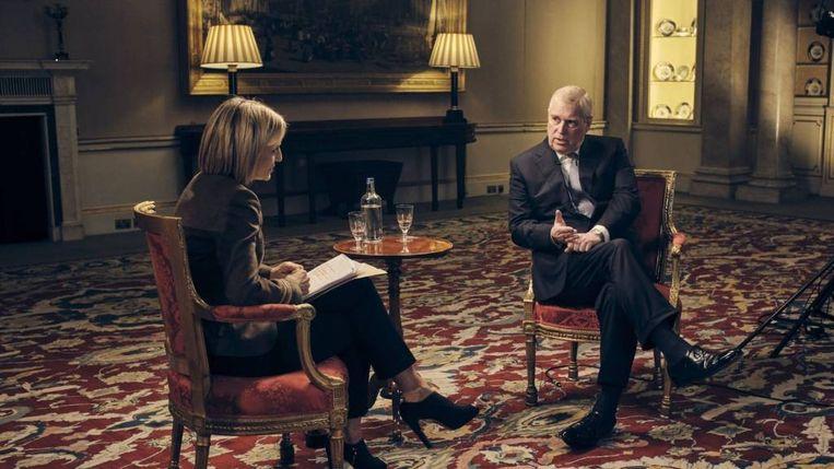 Prins Andrew tijdens het beruchte BBC-interview dat hem ertoe dwong al zijn openbare functies neer te leggen. Beeld BBC