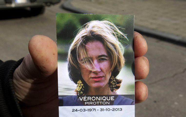 Het doodsprentje van Véronique Pirotton. Beeld BELGA