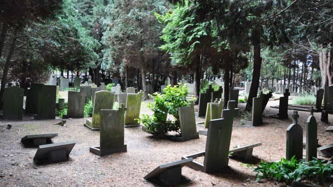 Einde verhaal voor katholieke begraafplaats in Naaldwijk: 'Deze plek gaat veel mensen aan het hart'