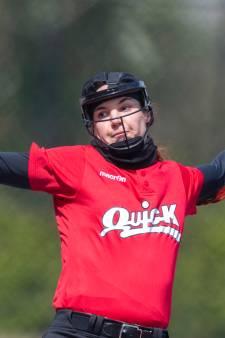 Softbalster Eva Voortman niet naar EK: 'In een flits dacht ik dat mijn carrière voorbij was'