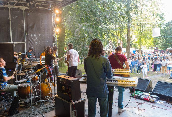 Ondanks de versoepelde maatregelen, houden de organisatoren van zomerfestival Epop de boot af: ,,Het is teveel gedoe en teveel risico.''