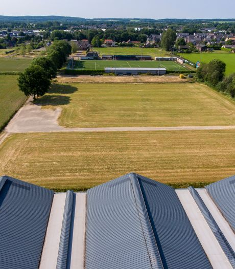 Projectontwikkelaar wil wijk met 200 huizen bouwen op terreinen Achilles en kippenboer in Groesbeek