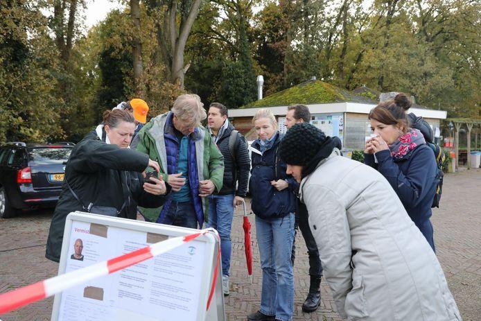 Een tientallen vrijwilligers hebben zich aangesloten bij de zoekactie naar Edwin Takens.