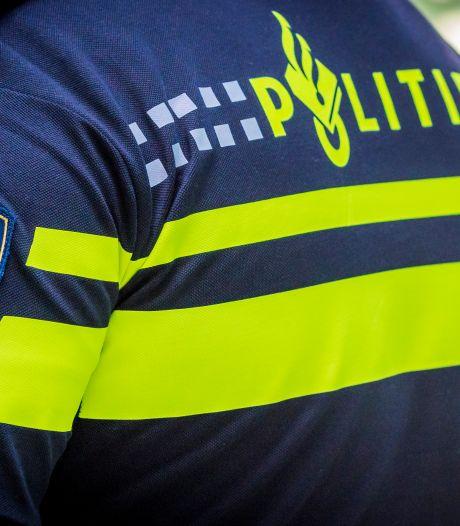 Verwarde man uit instelling valt jonge meiden lastig in omgeving Zutphen