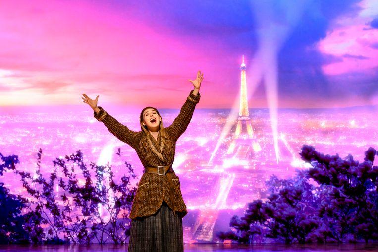 Tessa Sunniva van Tol in de musical Anastasia. Van Tol  zit ook in de vierde editie van Stars from the house.  Beeld