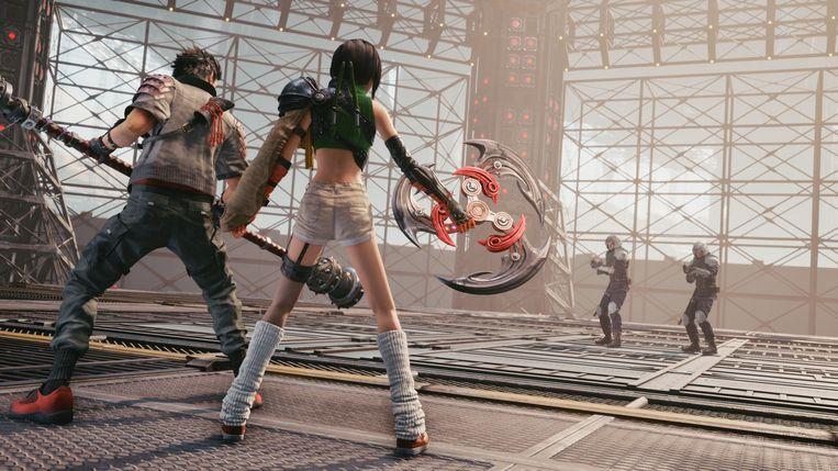 Het gewapende verzet tegen het grootkapitaal gaat goed, maar ook wel erg luchtig gekleed in Final Fantasy VII Remake. Beeld Square Enix
