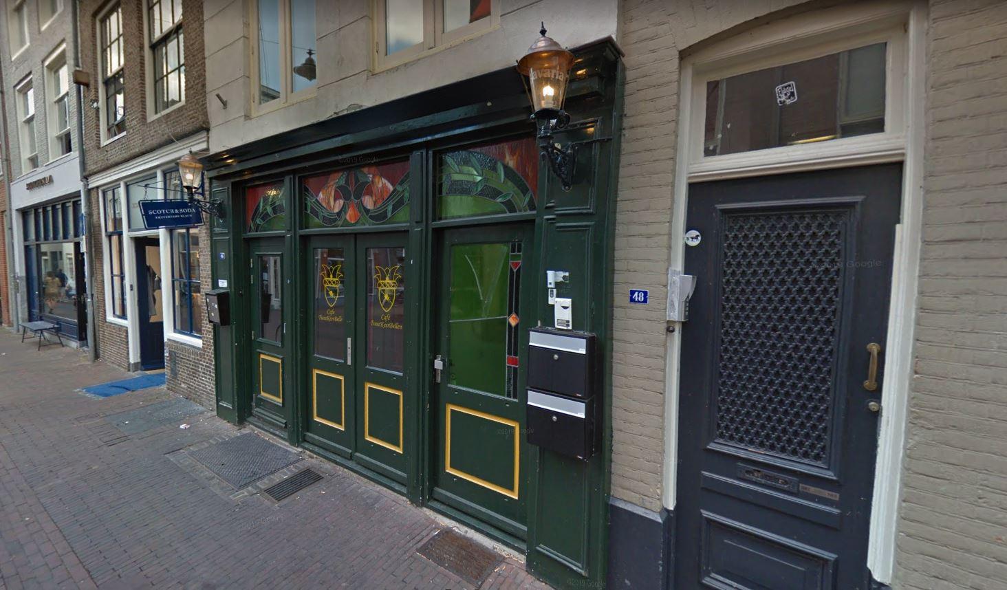 Café Tweekeerbellen in de Snellestraat