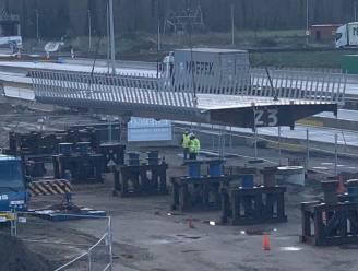E34 afgesloten voor plaatsing fietsbrug in Waaslandhaven-Oost