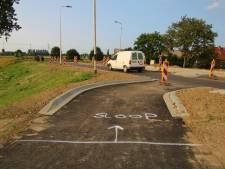 Fout bij aanleg van rotonde in Zuidland: te veel asfalt gestort