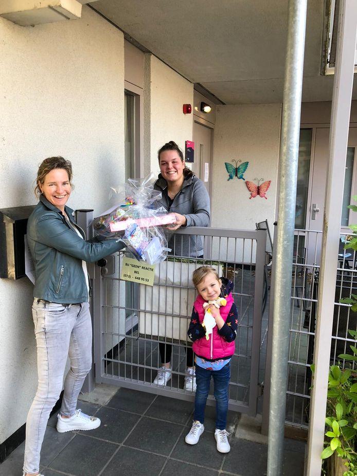 Marjet Wijn gaat samen met haar dochter langs bij 't Geerke.
