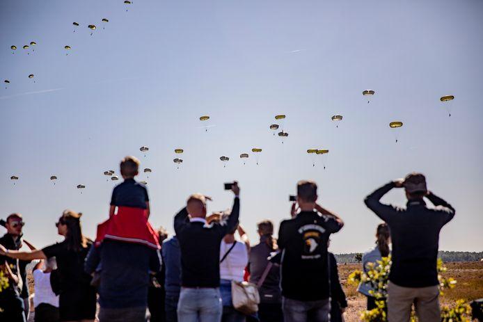 Airborne herdenking in teken van 75 jaar Market Garden in Ede, in september op de Ginkelse heide.