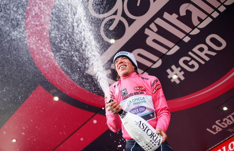 Rigoberto Uran blijft stevig in het roze. Beeld GETTY