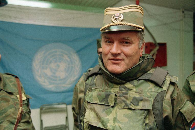 Ratko Mladic in 1993 als bevelhebber van het Bosnisch-Servische leger. Vandaag komt het proces tegen hem ten einde.  Beeld AP
