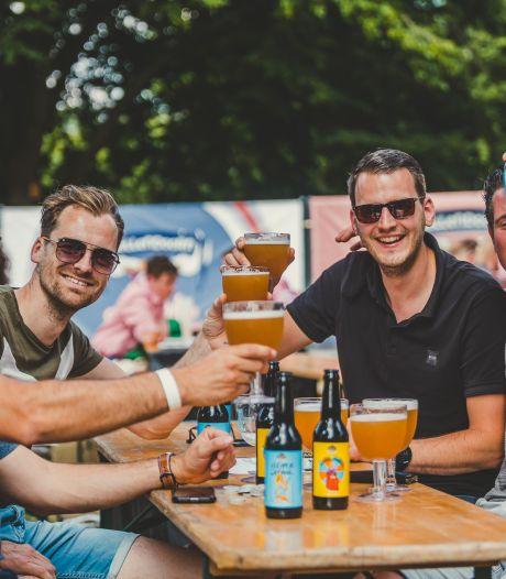 Hellendoorn is twee lokale biertjes rijker: De Blonde Johanna en Klepper Deerne, proost!
