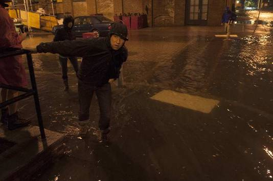 Een man in het New Yorkse stadsdeel Brooklyn.