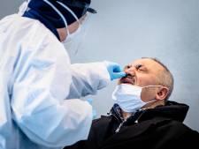 Kuchje, keelpijn, loopneus: GGD roept op te blijven testen bij klachten en opent nieuwe locaties