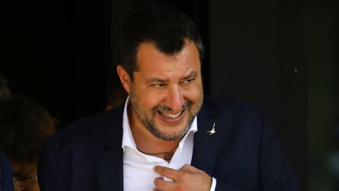 Migrants bloqués en mer: Salvini risque 15 ans de prison