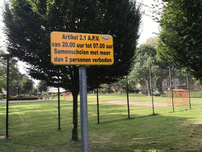 Sinds 3 september geldt een samenscholingsverbod op het Petraveldje in Nunspeet.