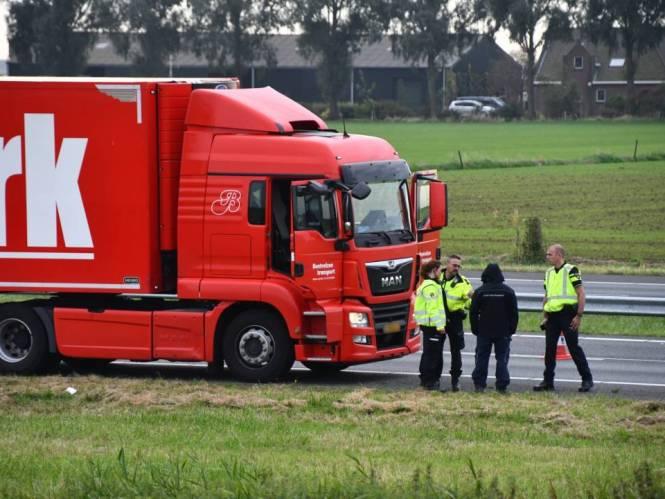 Mysterie rond zwaargewonde vrouw langs A58, politie doet onderzoek