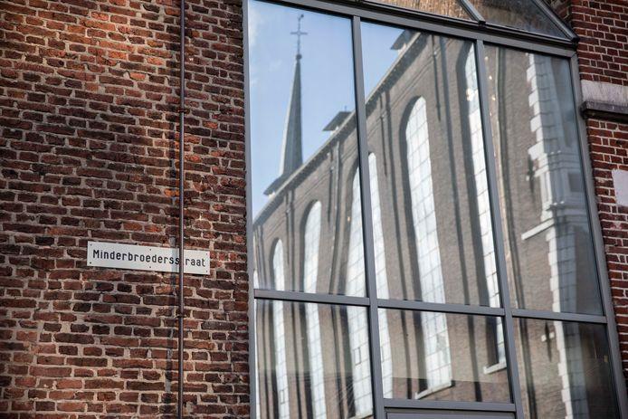 De minderbroerders vervulden de rol van zorgverstrekkers en kregen een straat naar zich vernoemd.