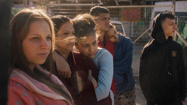 Leden van de familie Gabarre Mendoza in La última primavera. Hun huis in de Madrileense sloppenwijk Cañada Real moet worden gesloopt.  Beeld
