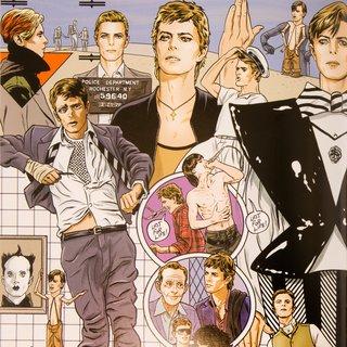 Van David Jones tot Ziggy Stardust,  de verstripte Bowie is net zo uitbundig als de echte ★★★★☆