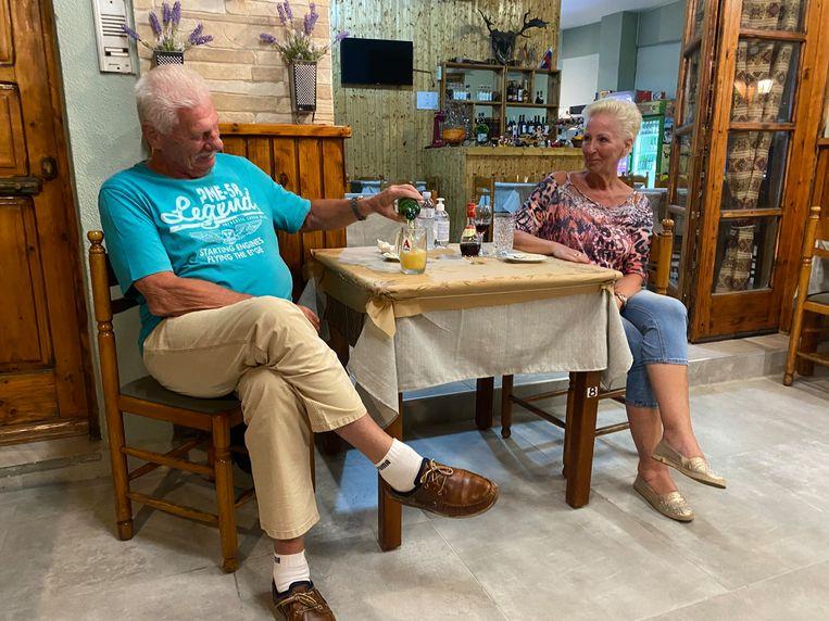 Gerrit en Trudy Niesten in restaurant Ark van Noach. Beeld Thijs Kettenis