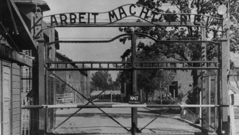 De poort van concentratiekamp Auschwitz.