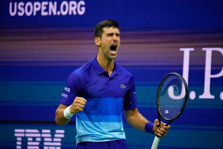 Novak Djokovic schreeuwt het uit na de tweede break in de vijfde set van de halve finale tegen de Duitser Alexander Zverev op de US Open in New York. Beeld USA TODAY Sports