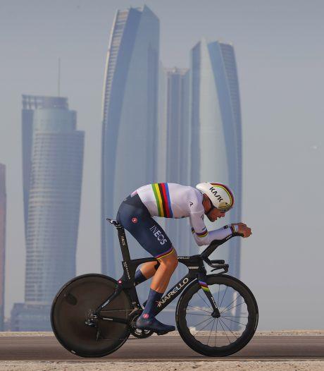 Ganna wint tijdrit UAE Tour, Pogacar nieuwe leider na exit Van der Poel