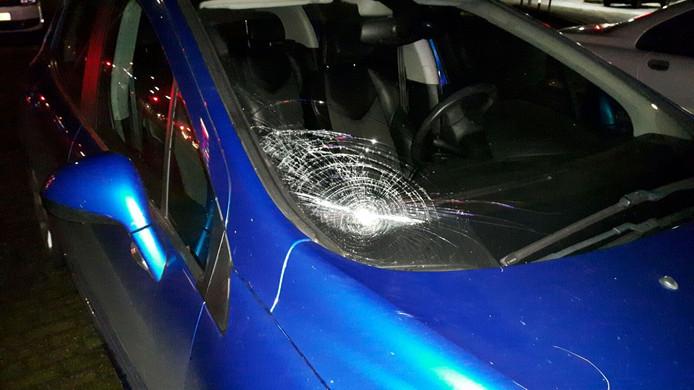Een fietser raakte gewond bij een aanrijding met een auto in Wijchen.