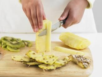 Waarom ananas vaak pijn doet aan je tong en gehemelte