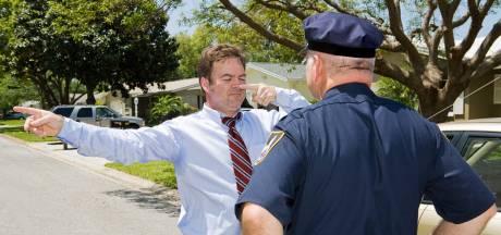 Politiekorps zoekt vrijwilligers die zich laveloos willen drinken