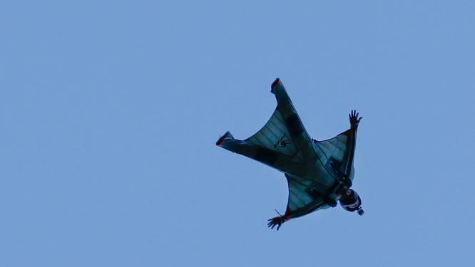 Twee doden bij sprong met wingsuit