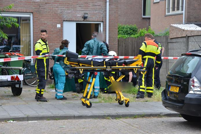 Een man werd onwel aan de Schans in Breda na inname van een chemische stof.