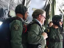 Commissaris van de Koning maakt duosprong in Terheijden: Zuiderwaterliniefestival begonnen