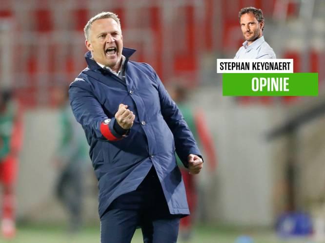 """Onze chef voetbal vol lof voor Van den Brom: """"Je kunt niet 18 trainers hebben zoals hij, dan is elke speeldag de Far West. Eén is genoeg"""""""