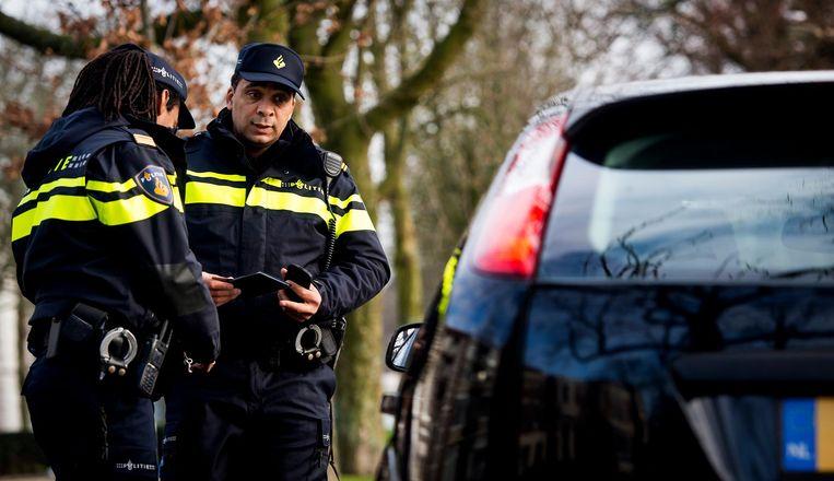 Centrale vraag: maakt de politie misbruik van haar bevoegdheden, of gaat ze er juist creatief mee om in de strijd tegen misdaad? Beeld anp