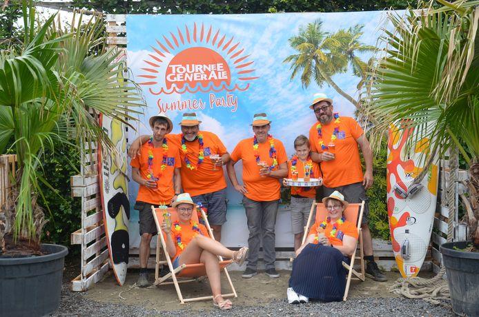 De organisatoren van de Rechteroeverfeesten in Ninove, De Zjielen, breiden het evenement dit jaar uit met een 'Summer Party'. Alles vindt plaats onder de noemer 'Tournee Generale' op het Dr. Hemmeryckxplein.