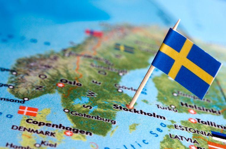 De Zweedse vlag: blauw met een geel kruis.